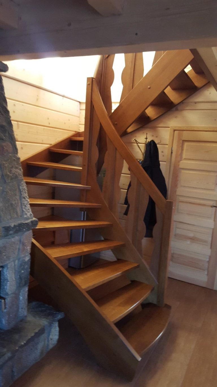 schody wewnetrzne drewniane