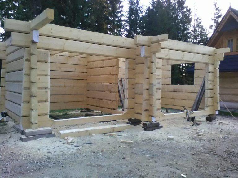 garaz zbali drewnianych - konstrukcja scian zewnetrznych