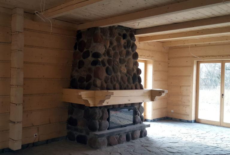 kominek kamienny wdomu zbali płaskich