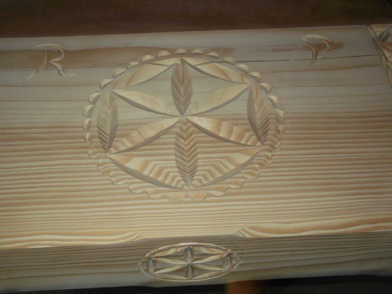 podhalanska rozeta nabelce drewnianej - zdjecie